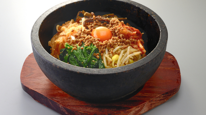 焼肉家ごんたか - 料理写真:石焼きビビンバ