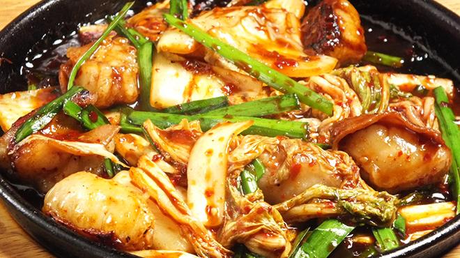 もつ鍋 永楽 - 料理写真:ガッツリ系 ホルモンキムチ