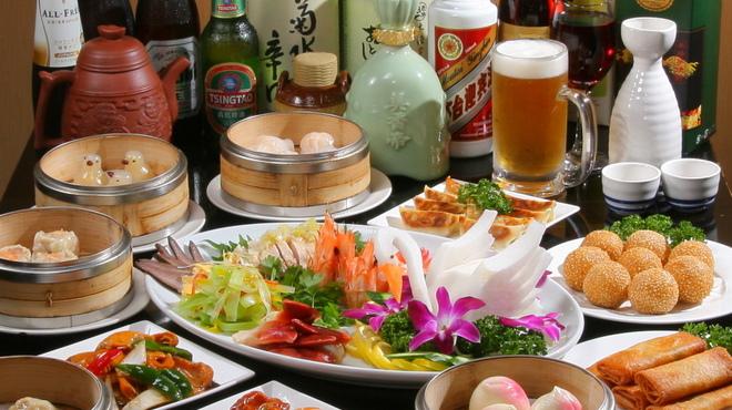 香港楼 - 料理写真:『30種』『60種』のテーブルオーダー食べ放題が大人気!出来立て、あつあつが席まで運ばれる♪さらにお得!
