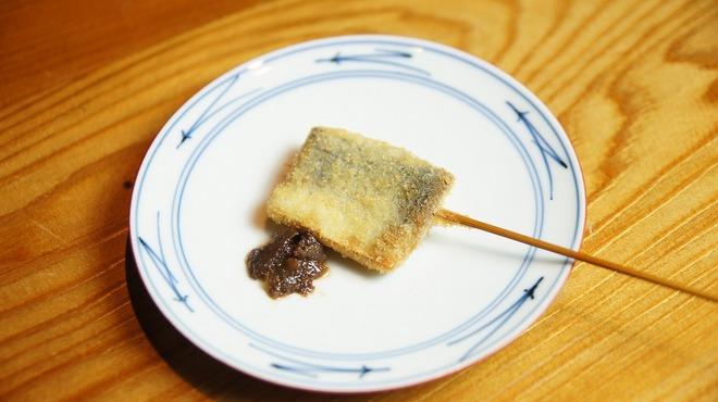 串衛門 - 料理写真:秋刀魚とワタのペースト。