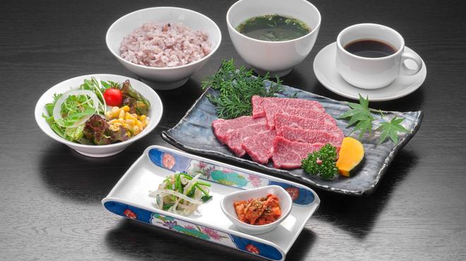 亜李蘭 - 料理写真:和牛ロース膳
