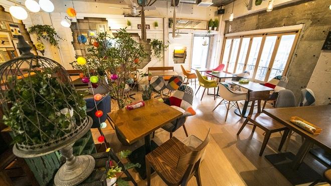 リゾットカフェ東京基地 離 - メイン写真: