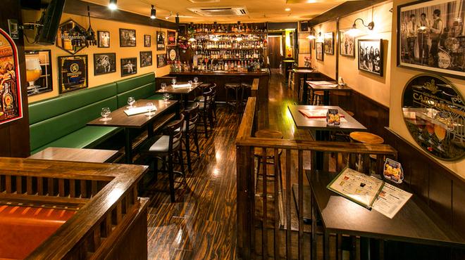 ローストビーフ&チーズフォンデュ食べ放題ダイニングビアバー ウォルトンズ  - メイン写真:
