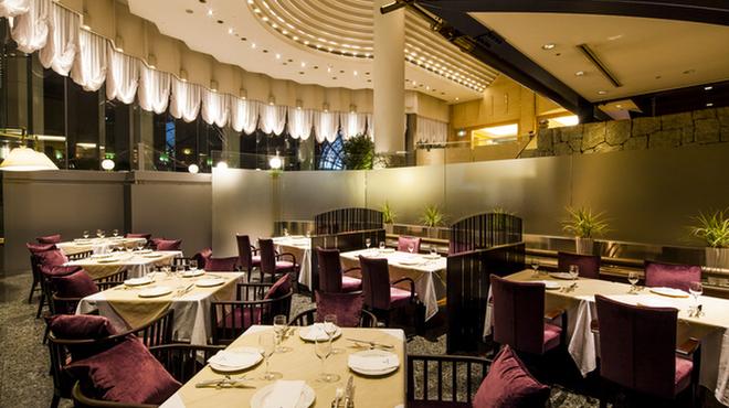 Grand Café - メイン写真: