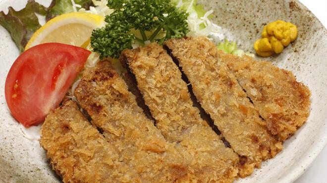 鳥園 - 料理写真:【鯨カツ】創業以来変わらぬレシピの鯨カツです♪