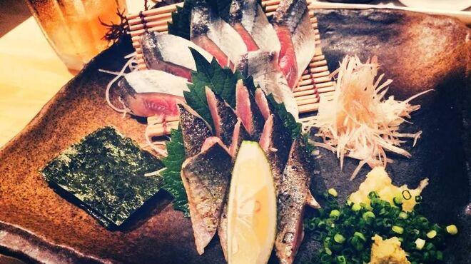 ぐりこ - 料理写真:秋刀魚の刺身