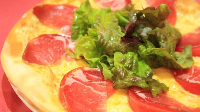 パドマ - 料理写真:パドマピザ¥1080