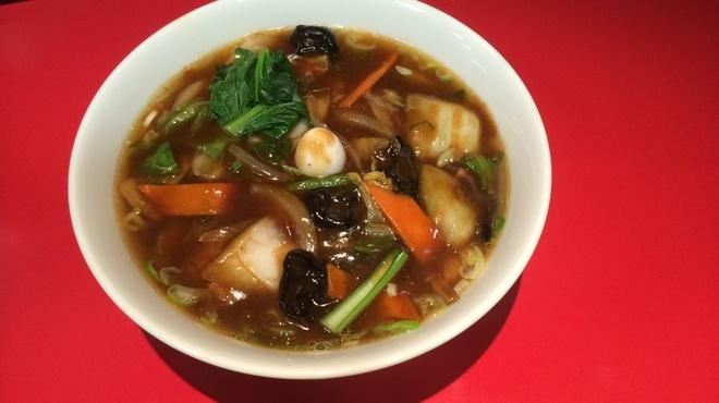 空港ラーメン 天鳳 - 料理写真:お店自慢の天鳳麺です。850円