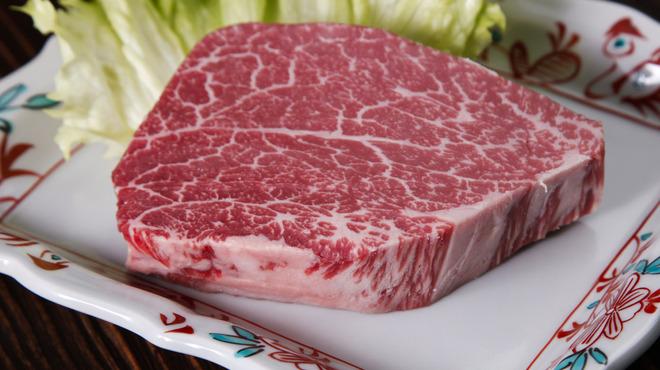 和牛一頭流 焼肉家 肉萬 - メイン写真: