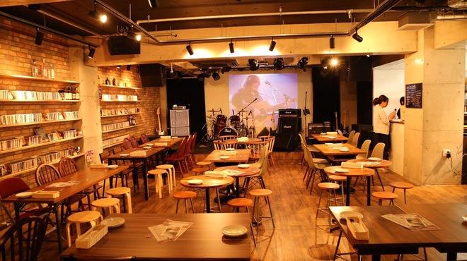 バークレーカフェ - メイン写真: