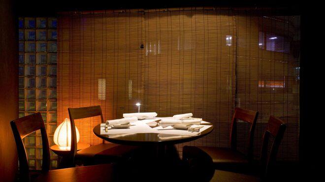 博多もつ鍋 福ヤ - 内観写真:個室小