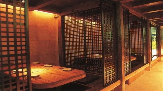 個室 名古屋めし てしごと家 - メイン写真: