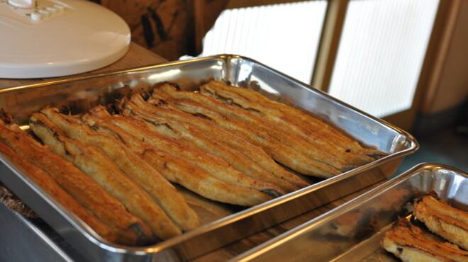 うな吉 - 料理写真:うなぎの白焼きは御土産にも最適です。お気軽にお問合せください。