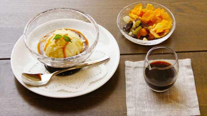 丁の字 CAFE - 料理写真:アフォガード