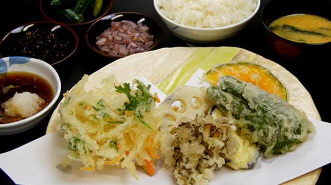 天ぷらめし 天之助 - 料理写真:旬の野菜天ぷら定食
