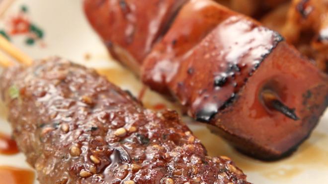 品濃酒場 - 料理写真:肉汁を閉じ込めるので、プリプリ感が違います!