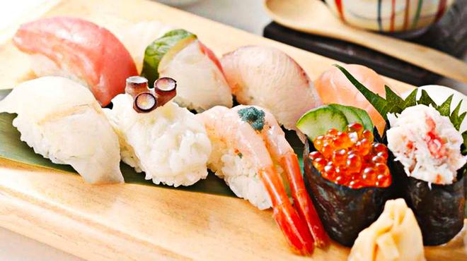 旨い魚と野菜の金澤じわもん料理 波の花 - メイン写真: