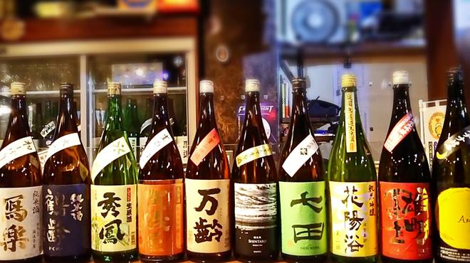 洋楽いし井 - ドリンク写真:選りすぐりの日本酒でお待ちしております