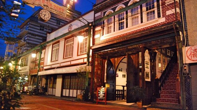 cafe&pub Kensington - メイン写真: