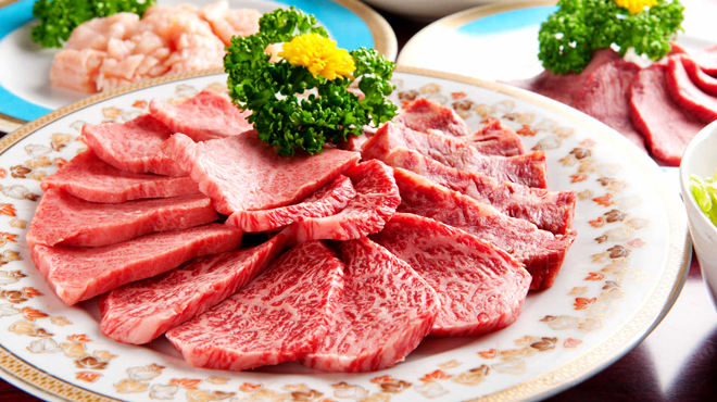 炭火焼肉 新宿 柳苑 - メイン写真: