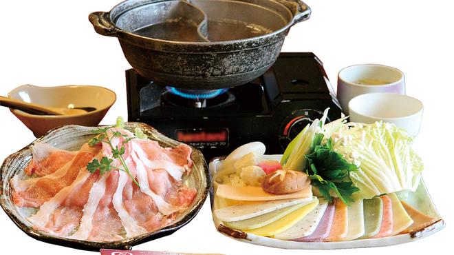 町屋 清水庵 - 料理写真:マーブルポーク豚餅しゃぶ