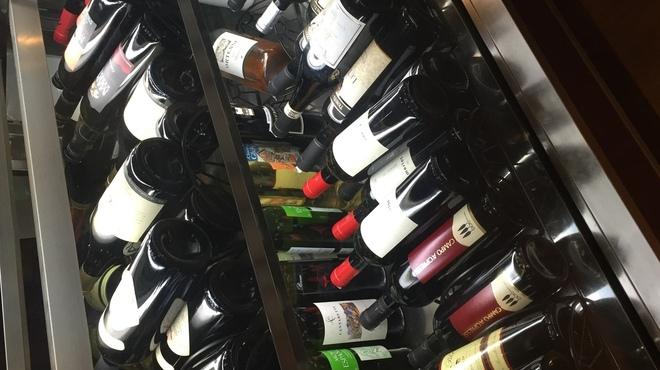 タヴェルナオリーヴ - ドリンク写真:ワインボトル