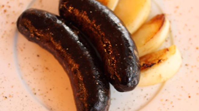 カメキチ・ビストロ - 料理写真:ブーダンノワール リンゴのソテー添え