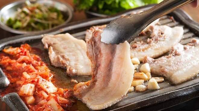 小屋 - 料理写真:生サンギョプサル