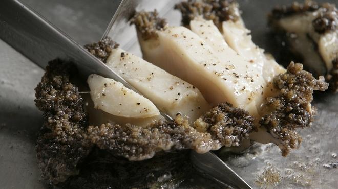 ロイヤルモーリヤ - 料理写真:アワビの鉄板焼き