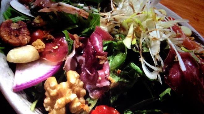 鶏太 - 料理写真:当店看板サラダ!鶏太サラダ!