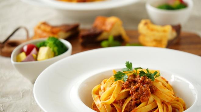イタリア酒場料理 チーナ邸 - メイン写真: