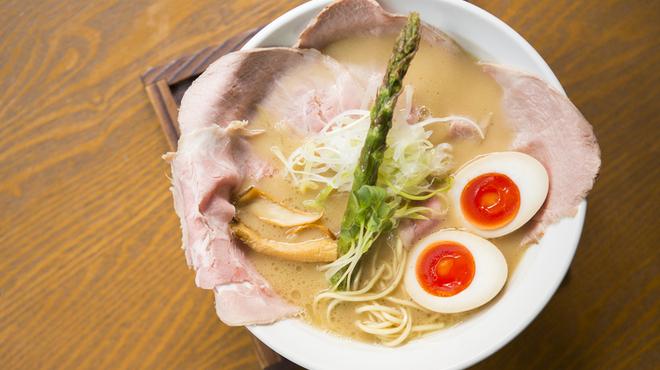 麺69 チキンヒーロー - 料理写真:鶏極濃(味玉 & チャーシュープラス)
