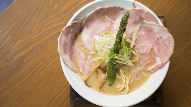 麺69 チキンヒーロー - 料理写真:鶏極濃(チャーシュープラス)