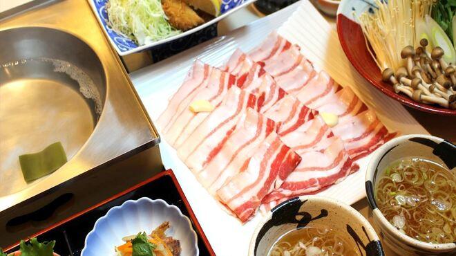 とんかつ豚料理 ぽるしぇ - メイン写真: