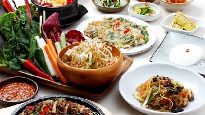 あべのハルカス近鉄本店付近 韓国料理 ランチの人 …