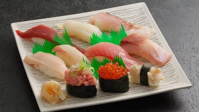 魚菜屋 - メイン写真:
