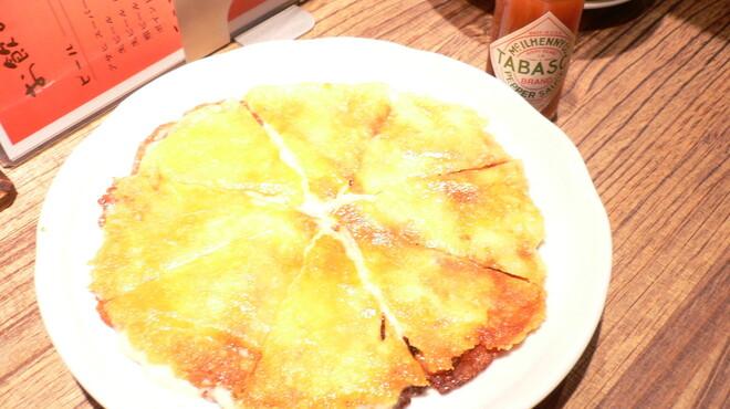 焼肉 勝 - 料理写真:ちょっとかわったキムチチーズチヂミ