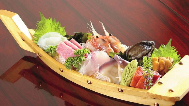 鮨金 - 料理写真:函館近海の新鮮な海の幸をご堪能下さい