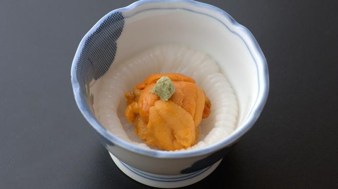 鮨金 - 料理写真:うにいかソーメン ウニとイカの絶妙なお味をご賞味下さい