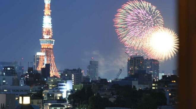 鯛良 - 内観写真:東京湾花火大会も・・・