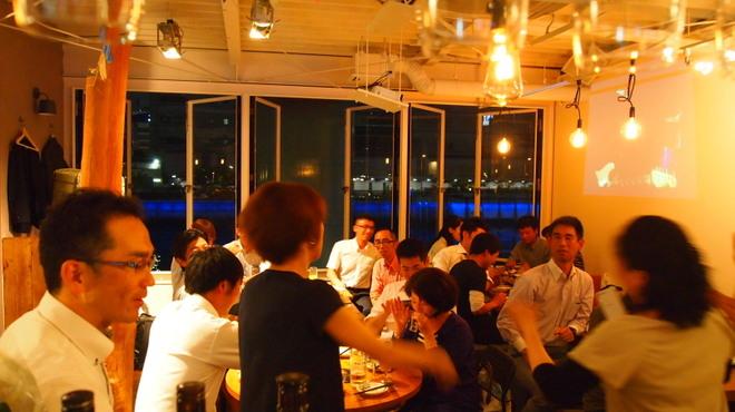 北新地日本酒酒場キャンプ - メイン写真: