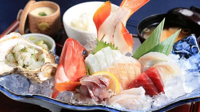 海鮮蔵 魚魚魚 - メイン写真: