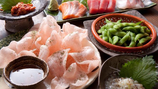 あうん屋 - 料理写真:刺身を始め、おつまみ、居酒屋料理が豊富
