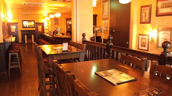 ダブリン - 内観写真:50名様までパーティー可能な2階席。