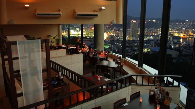 レストラン ロータス - メイン写真: