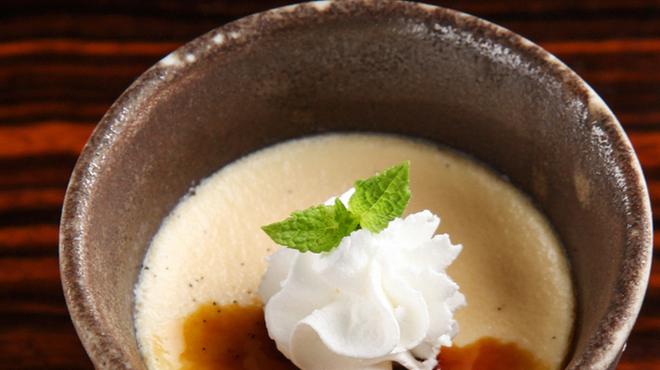 新宿 今井屋本店 - 料理写真:比内卵の懐かしプリン