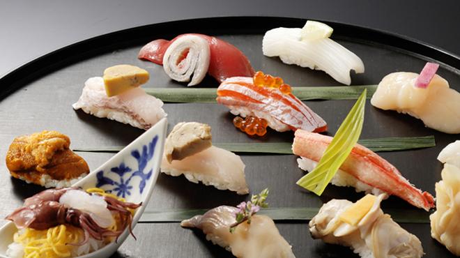 手作り旬菜と地酒 せん - メイン写真: