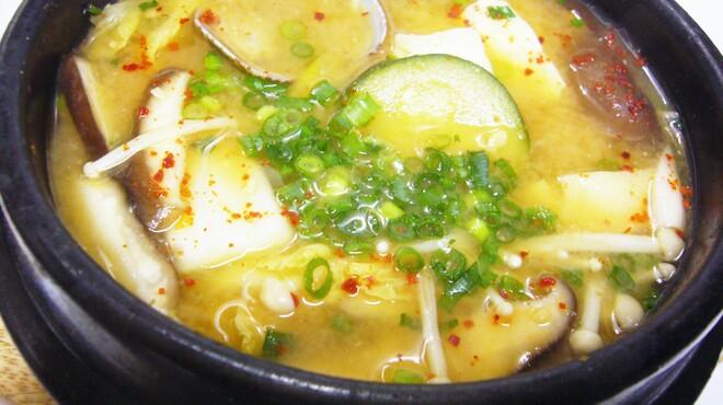 ハレルヤ - 料理写真:味噌チゲ