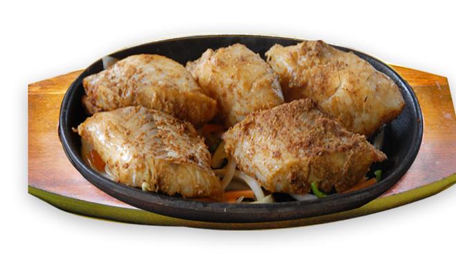 ムガルパレス - 料理写真:ナンやチキンは土釜(タンドール)で本格的に焼き上げます。