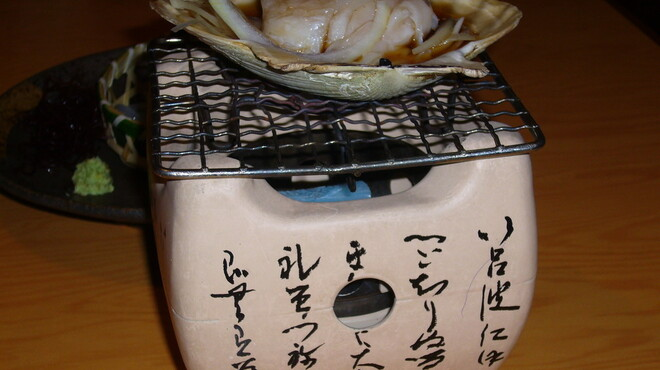 焼酎房 うお座 - 料理写真:刺身帆立の貝焼がお通し